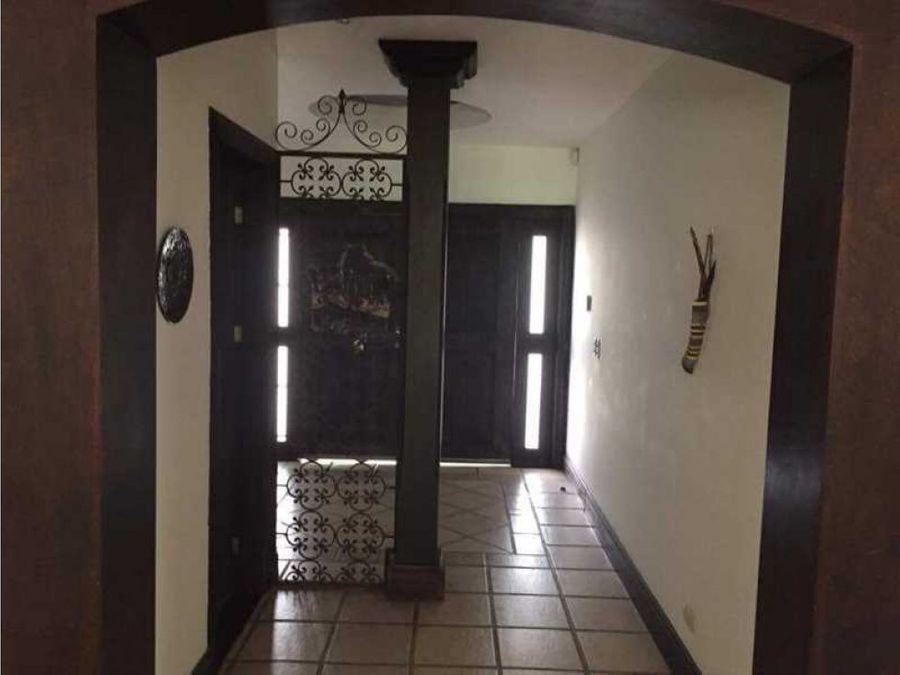 casa en santa ana lindora con piscina 1138754