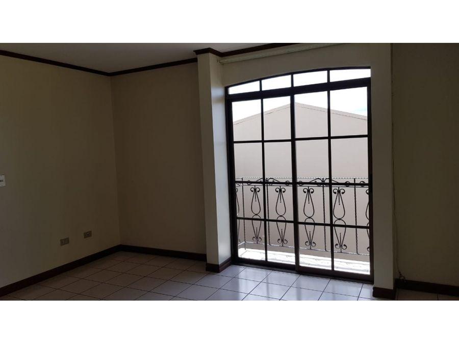 apartamento en alquiler 2 niveles en san vicentecodigo 3039722