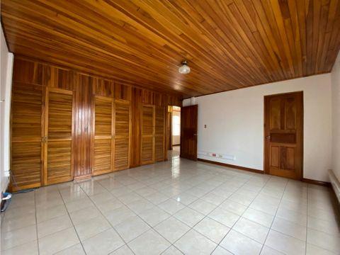 casa en venta en san vicente moravia uso mixto
