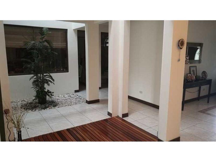 oportunidad casa venta y alquiler en moravia cod468178
