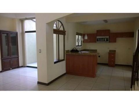 casa en venta y alquiler en san pedro de montes de o codigo 2768206