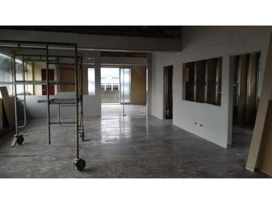 oficinas san jose parqueos disponibles 551825