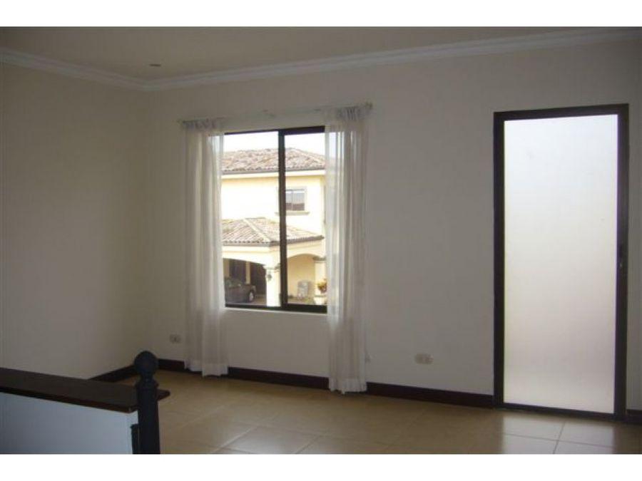 casa en alquiler en condominio belen heredia 969234