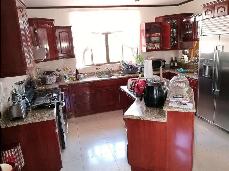 casa en venta en cariari heredia con piscina cod 1106054