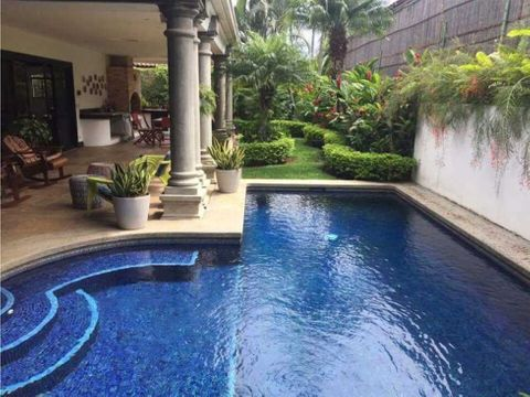 casa en lindora santa ana con piscina privada cod 1138754