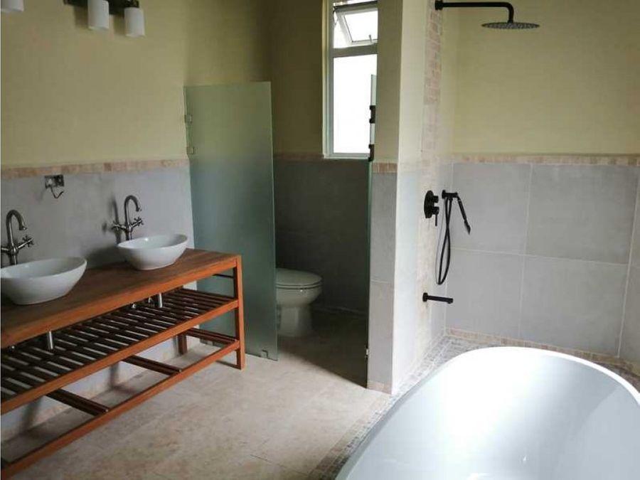 casa en venta en guachipelin escazu cod 3031645