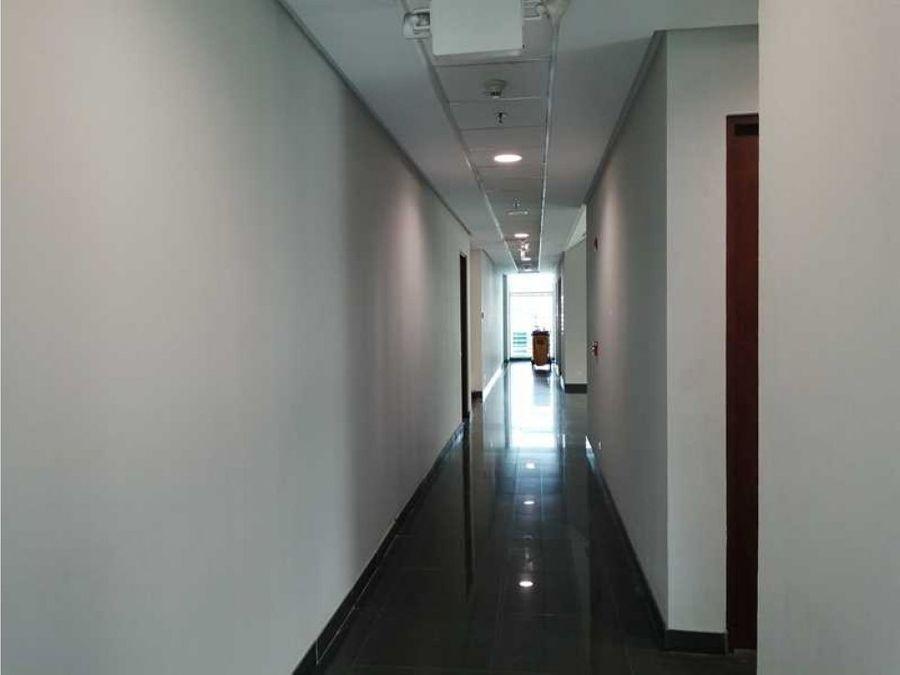 oficina en alquiler santa ana en oficentro