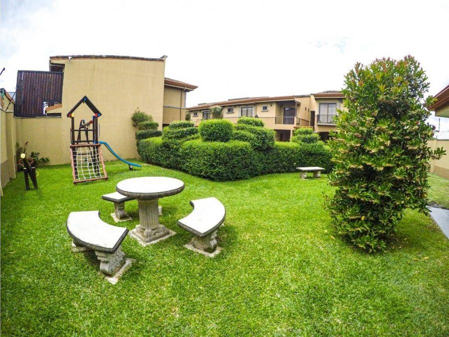 casa en venta en san juan de tibas esquinera cod 2541161