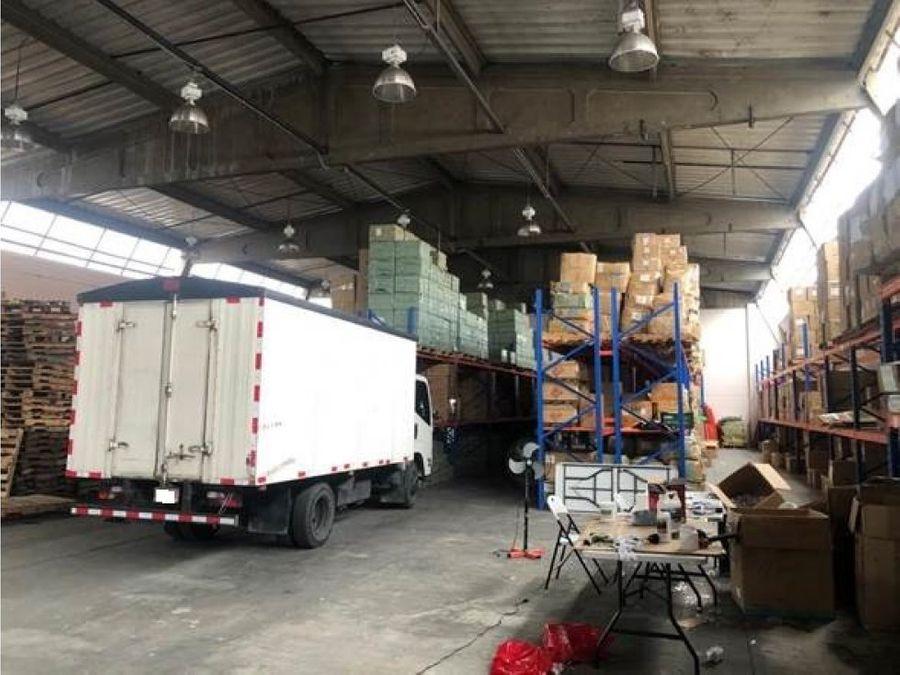 bodega en alquiler en barrrio mexico uso industrial cod4285382
