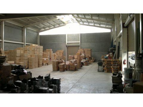 bodega en venta y alquiler en barreal de heredia codigo 3612589