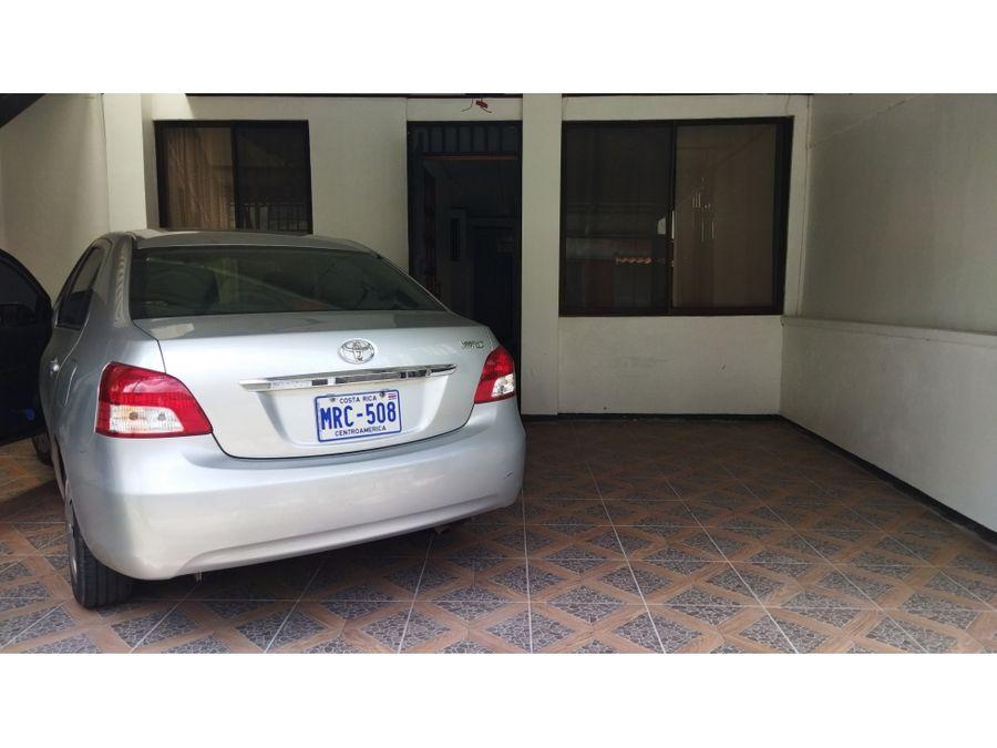 casa en venta en guadalupe de una planta con apartamento 3918007