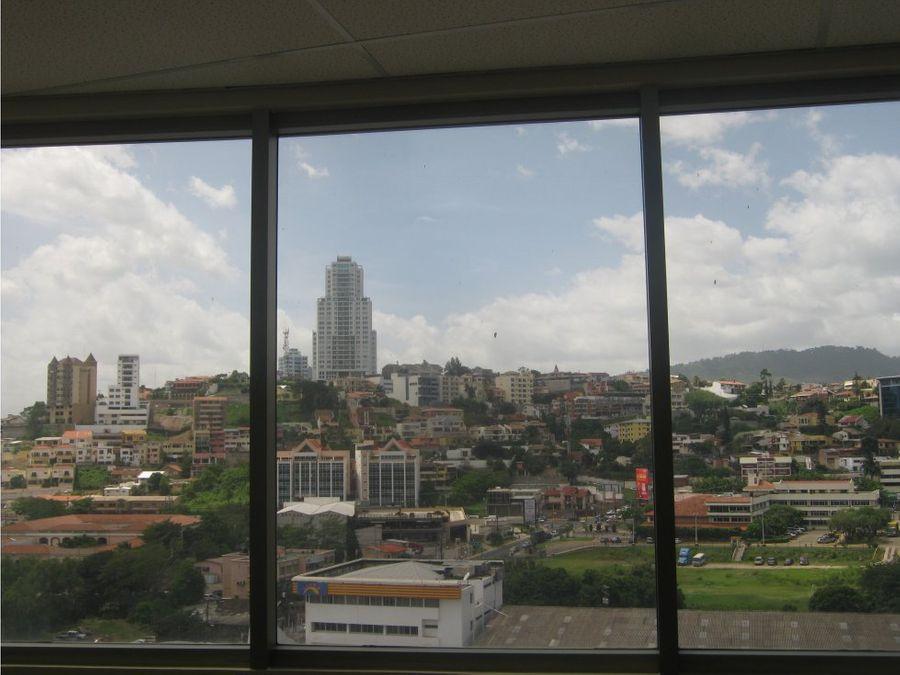 se alquila locales en torres metropolis