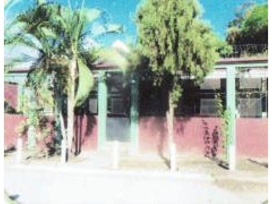 se vende casa en residencial real del puente