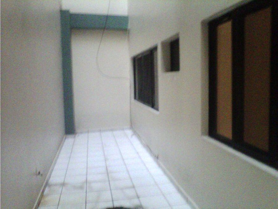 se alquila apartamento en la colonia tres caminos