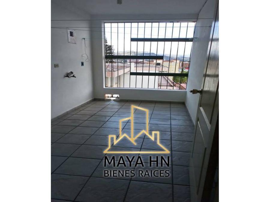 se alquilan apartamentos en torre jemas