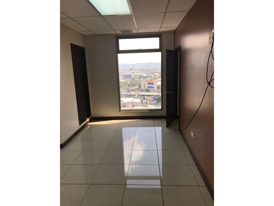 se alquila local en torre metropolis tegucigalpa