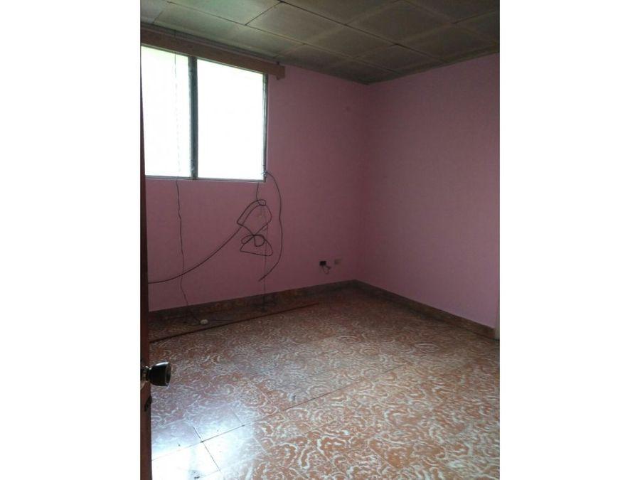 se alquila casa en colonia primavera tegucigalpa