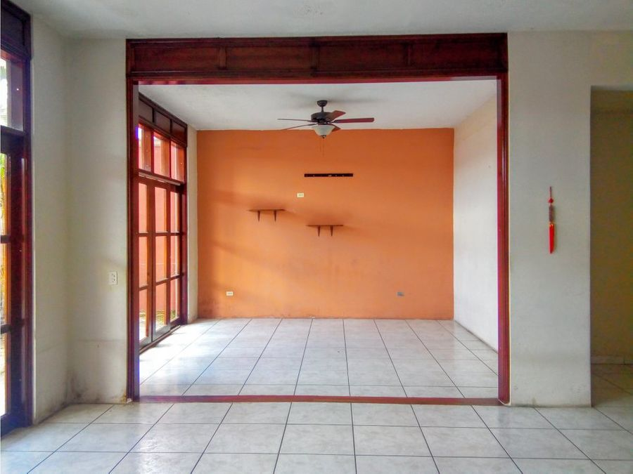 se vende casa en la residencial ciudad nueva