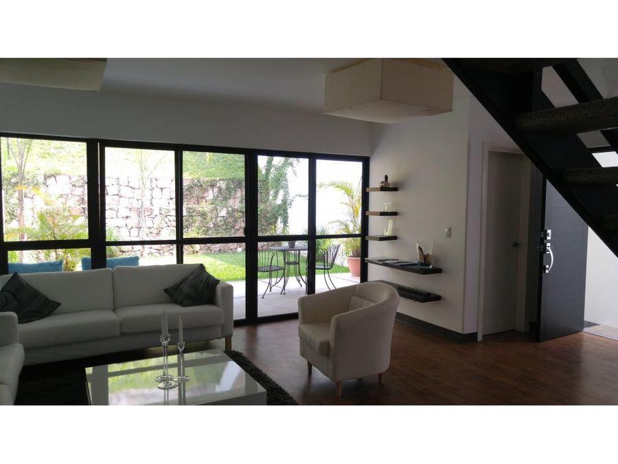 se vende casa en la residencial villas torogoz