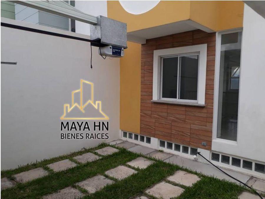 se vende casa en circuito villas liquidambar