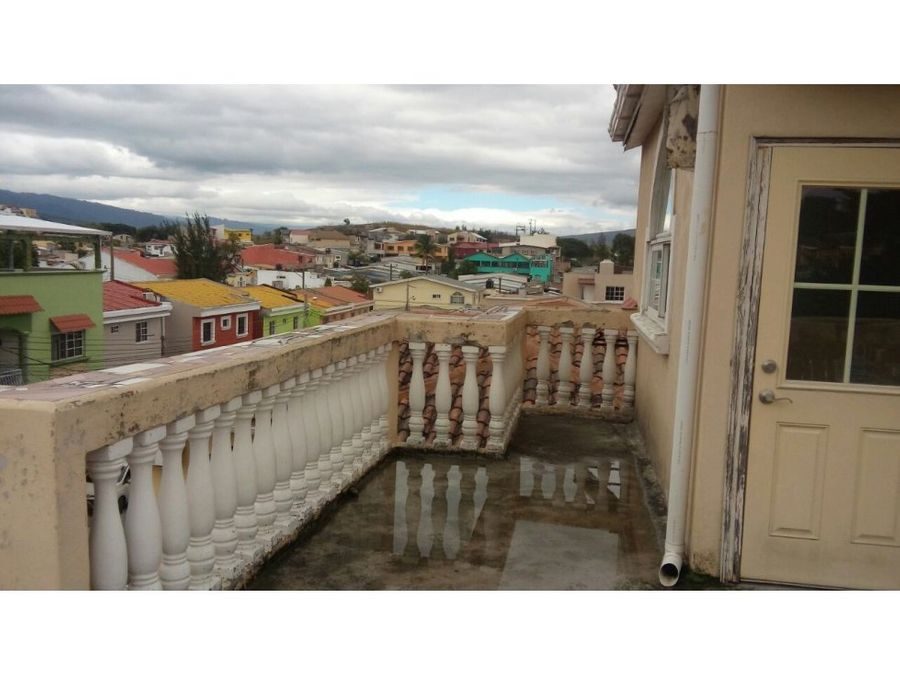 se vende casa en villa corinto
