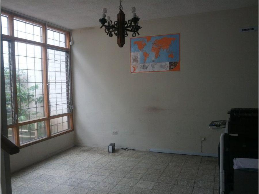 se vende casa en la colonia 15 de septiembre