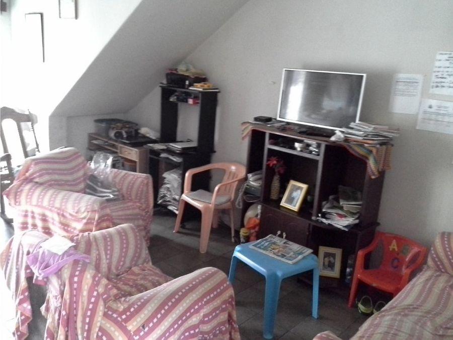 se vende casa en la residencial honduras