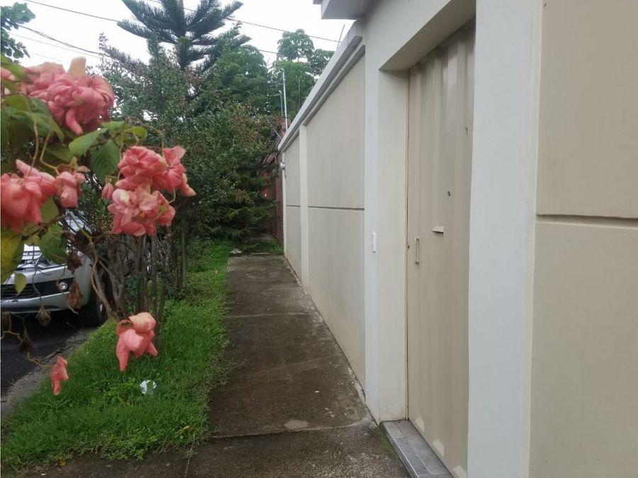 se alquila casa en florencia norte