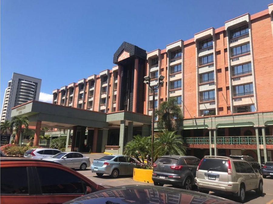 se alquilan locales en el hotel florencia