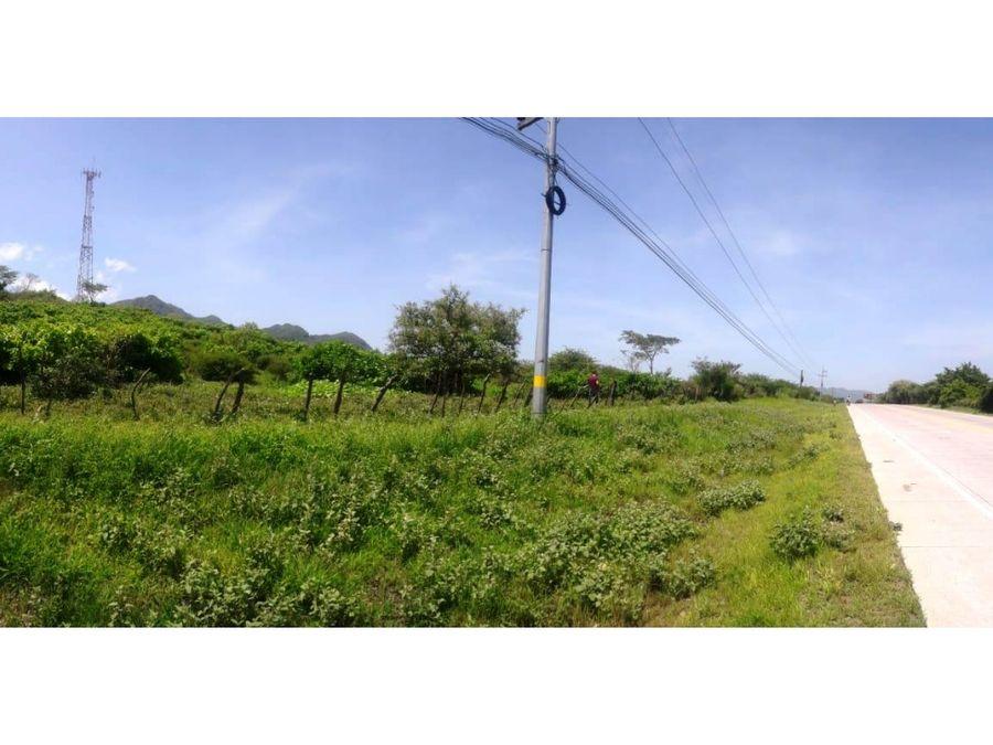 se vende terreno en km 796 carretera del sur
