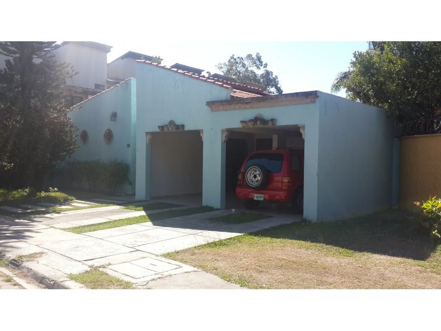 se vende casa en la america