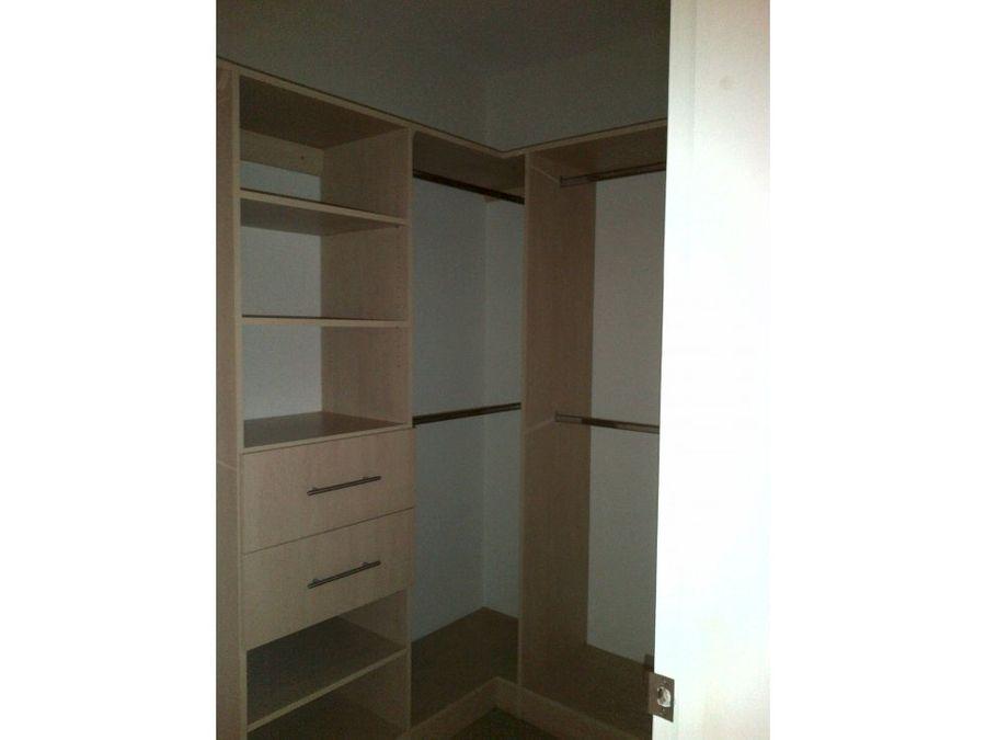 se alquila apartamento en villa santa cristina