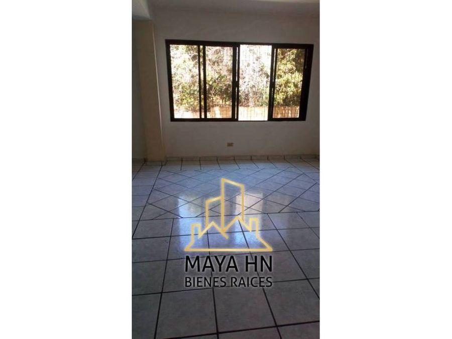 se alquila apartamento en res lomas de mayab