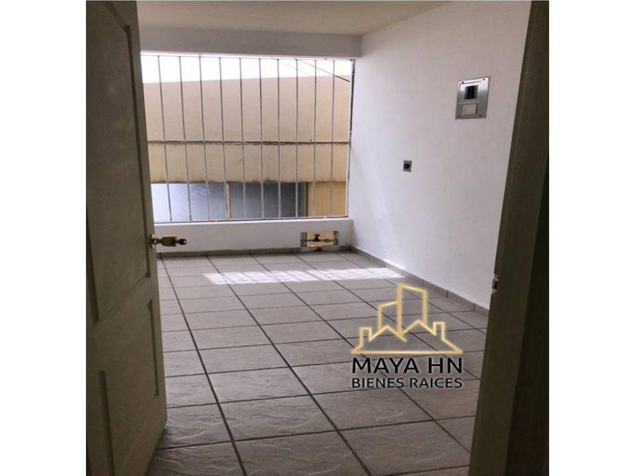se alquilan apartamentos en lomas de mayab