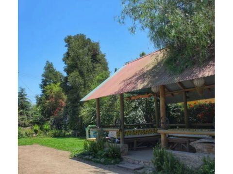 se vende casa con cabanas 1200 mts de terreno en olmue