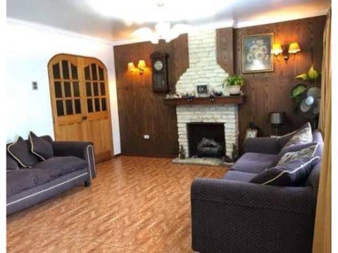 se vende casa de 3 pisos en sector poniente vina del mar