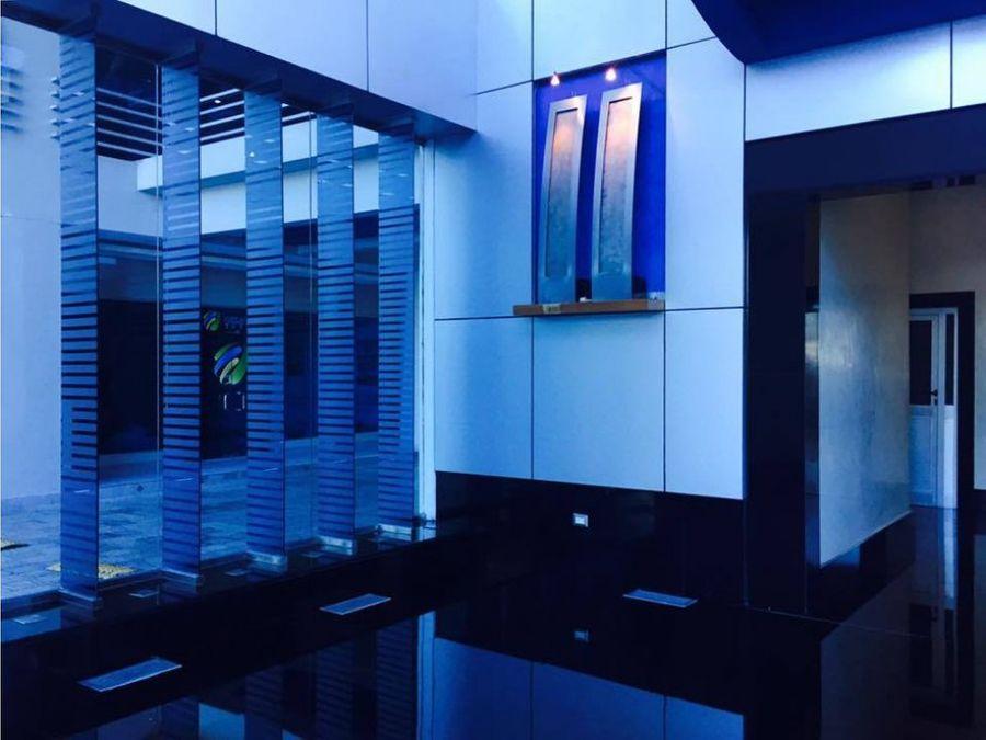 oficina de 60 mts2 en torre forum