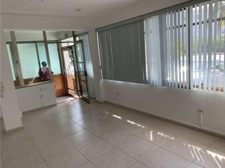 oficina en renta en cancun sm32 60 m2 8950 mxn