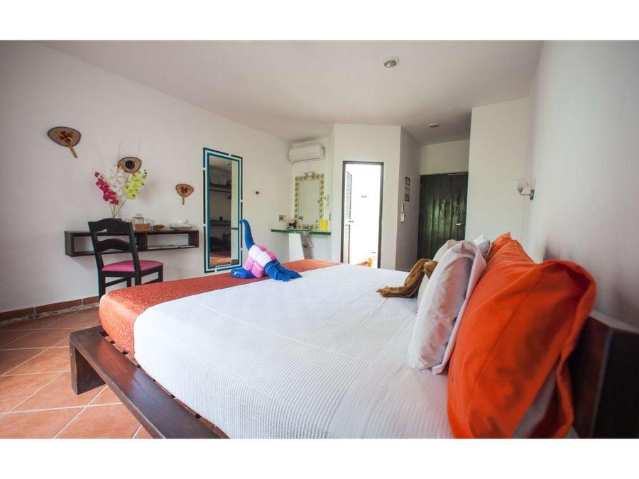 hotel en venta en tulum sur 8002000 m2 12 recamaras 16 mdd