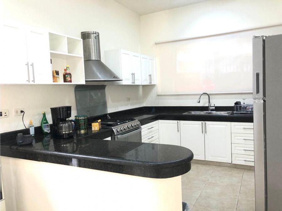 casa en venta cancun sm17 400 m2 4 recamaras 47 mdp