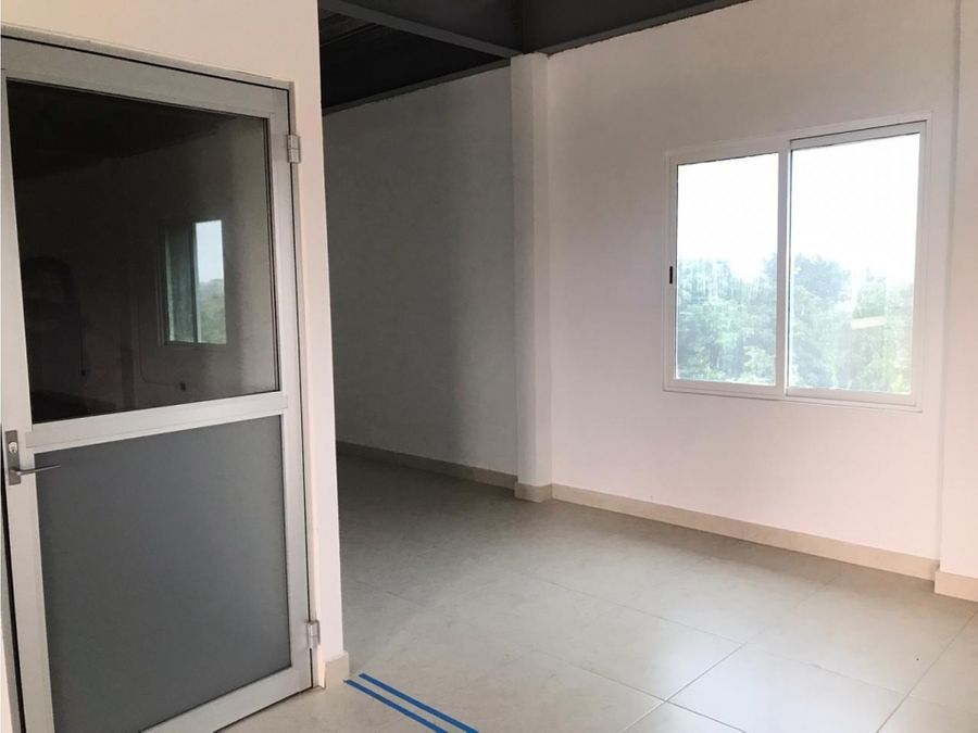 oficina en renta en cancun centro 130 m2 30000 mxn