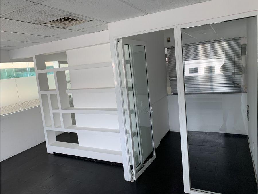 oficina en renta en cancun plaza las palmas 45 m2 9000 mxn