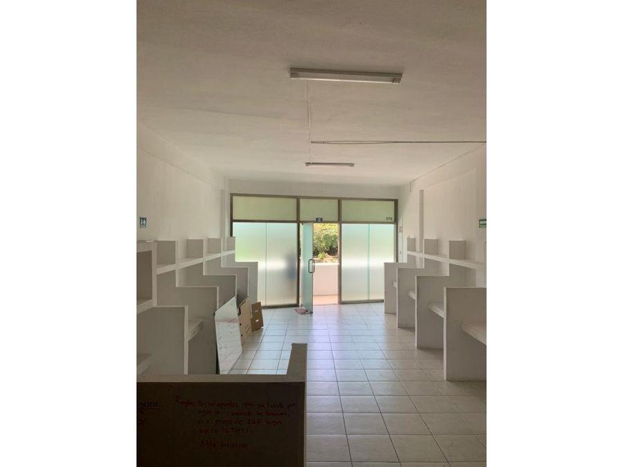 oficina en renta en cancun centro canaima 50 m2 12000 mxn