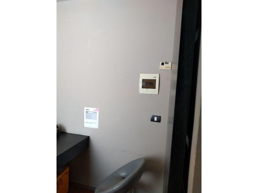 oficina en renta en cancun plaza terraviva 52 m2 30000 mxn
