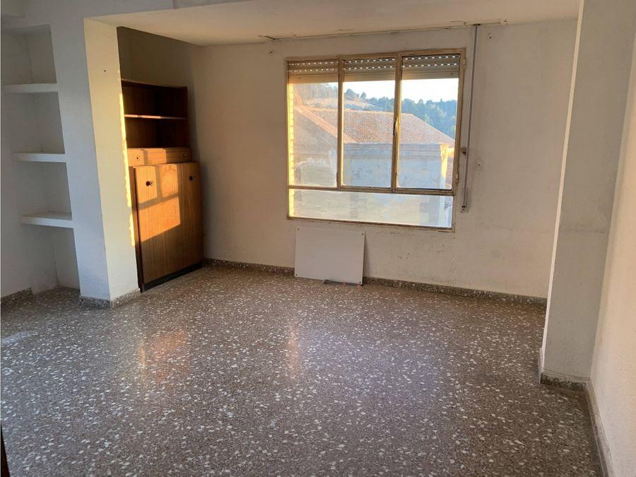 piso en venta en el centro de naquera