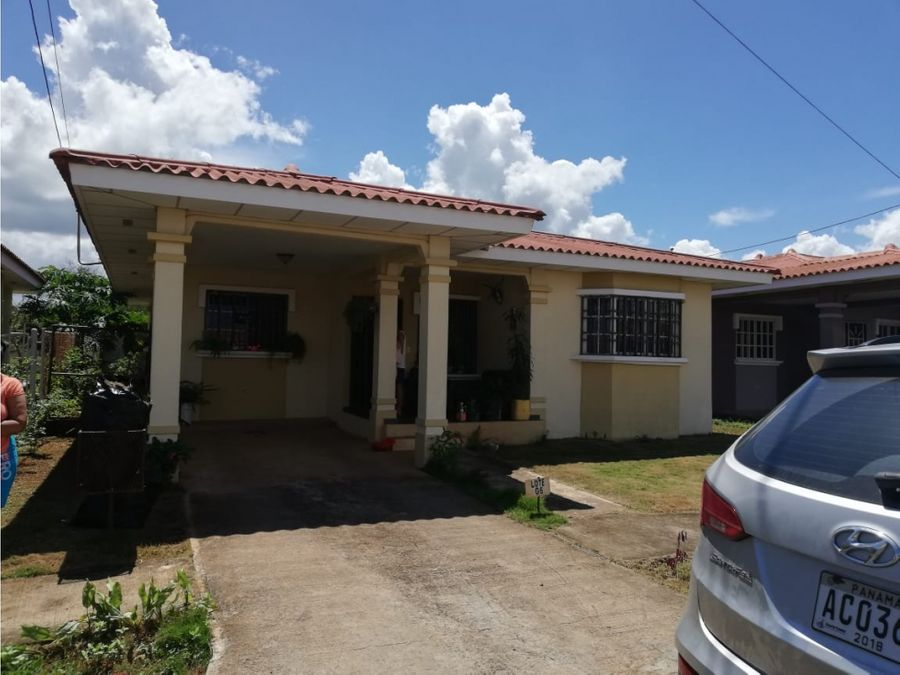 casa en los perales en venta en chitre 33167mt2 3 rec