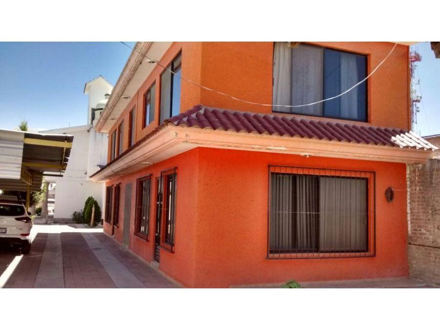venta propiedad de 1400 m2 con 2 casas al norte