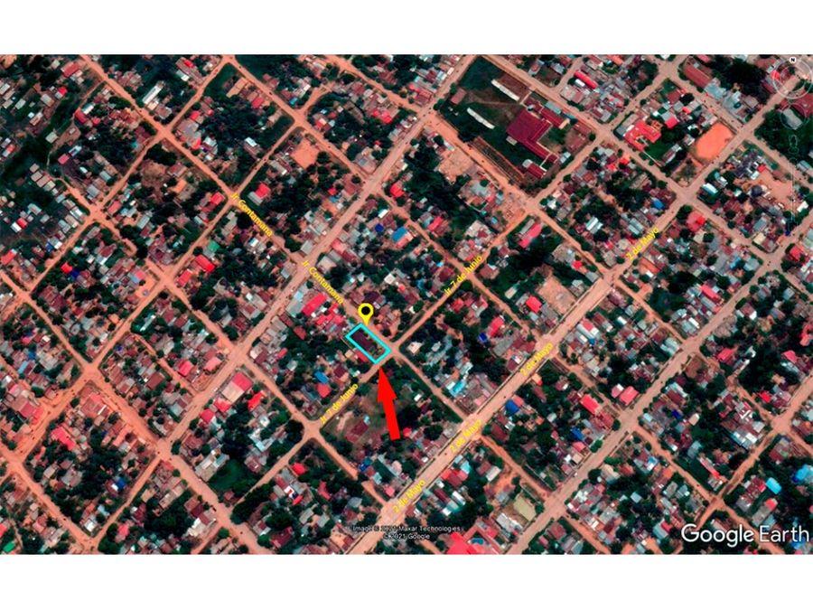 00394 venta casa yarinacocha material seminoble 400 m2