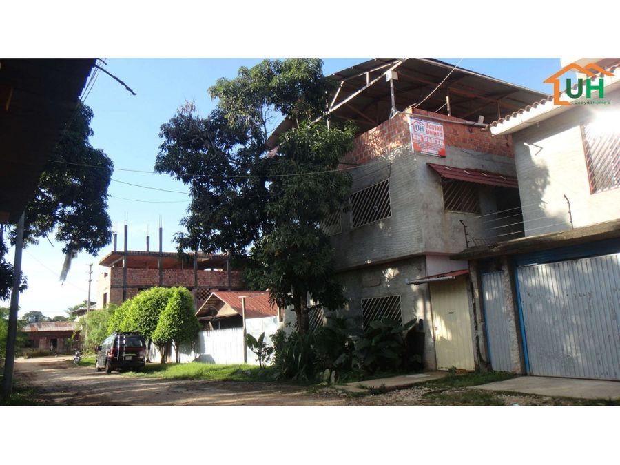 00051 venta edificio yarinacocha 03 pisos