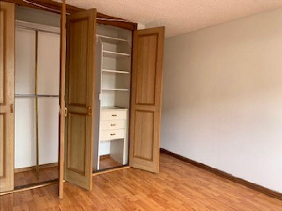 apartamento con excelente ubicacion en chapinero alto